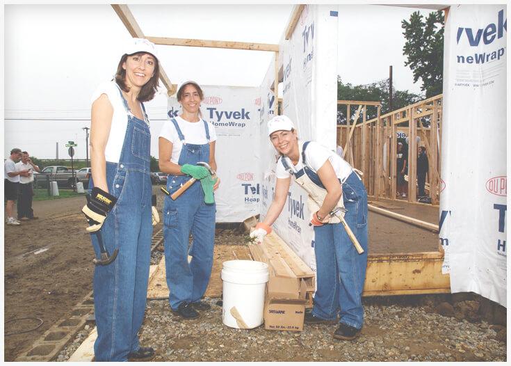 Volunteers on the worksite